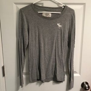 Abercrombie & Fitch long sleeve gray shirt. L